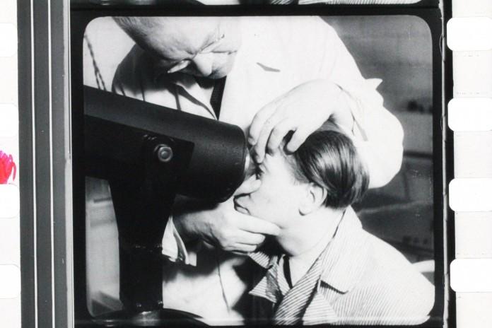 Elektřina v lékařství, režie: J. E. Žoha, 1943